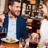 どんな美人でも幻滅…男性がドン引きする食事中のNG行動5選